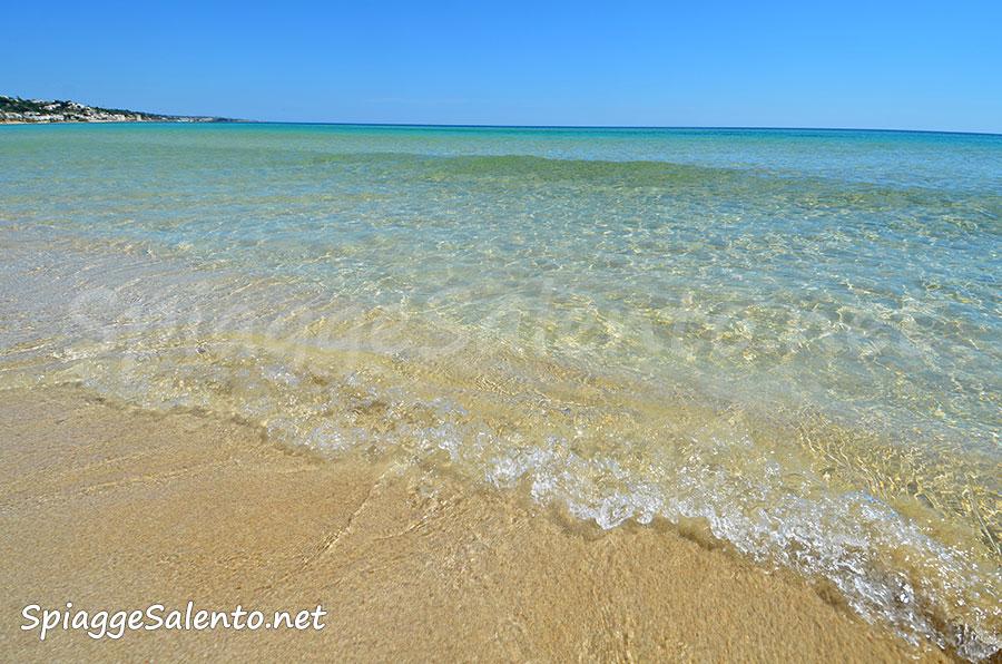 Spiaggia di Pescoluse in Puglia nel Salento