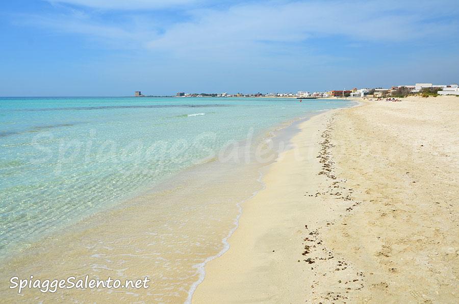 La spiaggia tropicale di Torre Lapillo