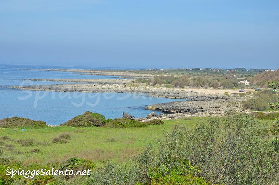 La spiaggia di Porto Selvaggio nel Salento