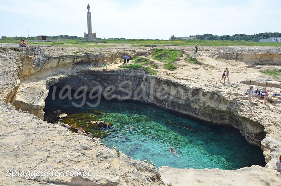 Grotta Poesia, la più bella piscina naturale in Puglia
