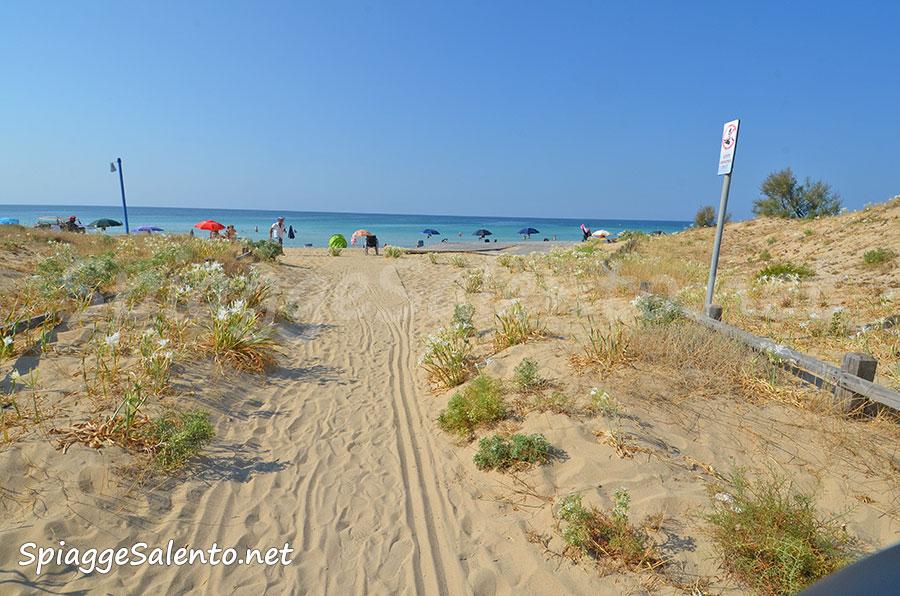 accessi alla spiagge di Pescoluse nel Salento