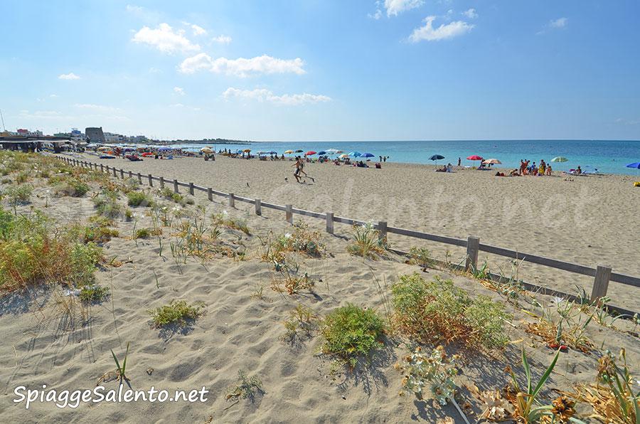 la spiaggia di sabbia di Torre Mozza