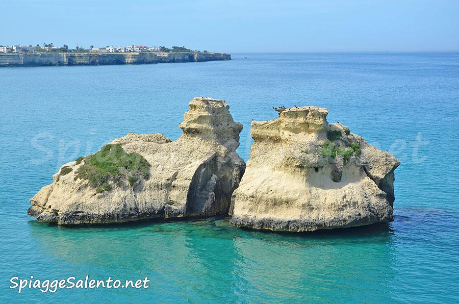 Torre dell'Orso le due sorelle sul mare